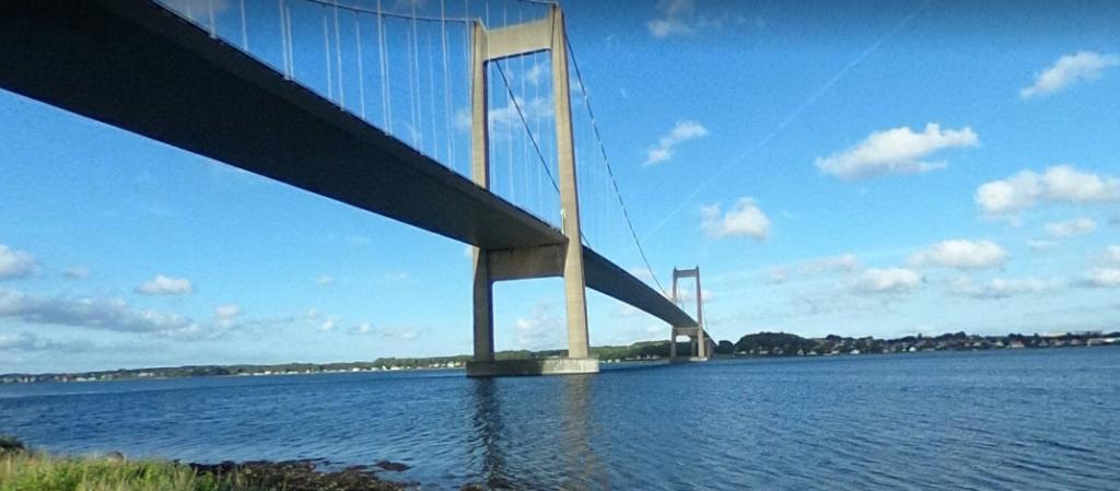 Vähä Beltin silt Jyllannin puolelta